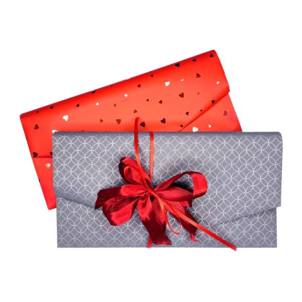 Geschenk-Gutscheine verpackt